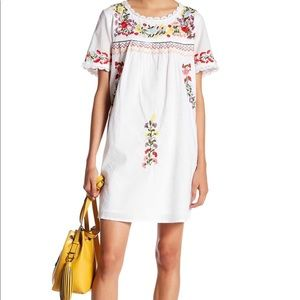 Romeo & Juliet Couture embroidered dress